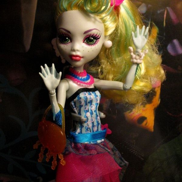 Boneca Monster High Laguna Blue DDG Assinada