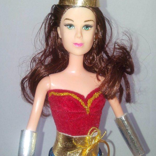 Boneca Barbie Mulher Maravilha