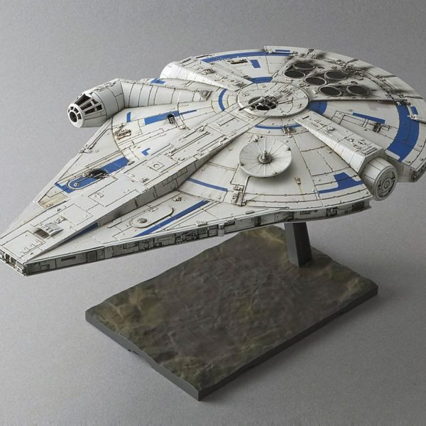 Star Wars Solo Millenium Falcon 1/144 Model Kit BANDAI