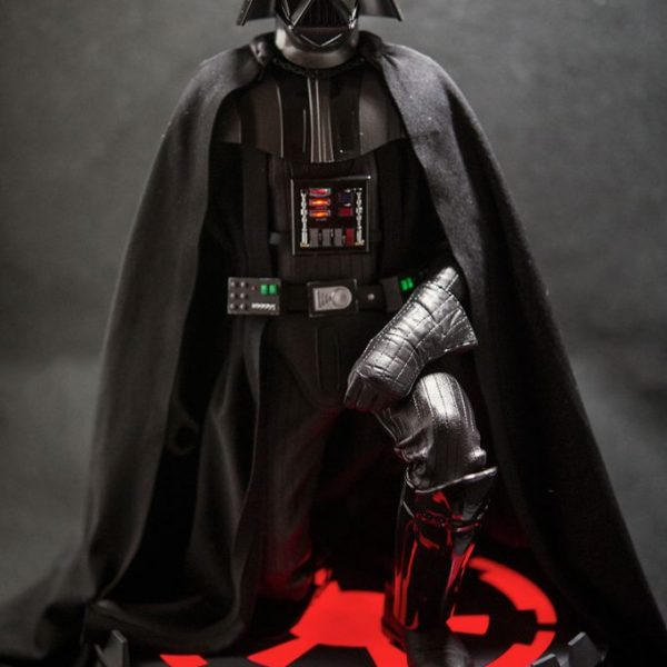 Darth Vader 1/6 Action Figure High Deluxe Sideshow