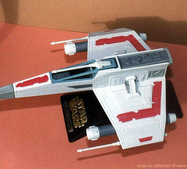 Star Wars E-Wing Fighter Action Fleet Galoob