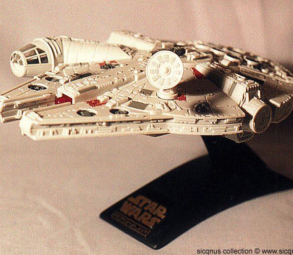 Star Wars Millenium Falcon Action Fleet Galoob