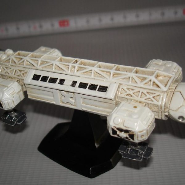 Space 1999 Eagle Transport Resin Model