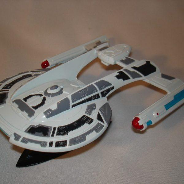 Star Trek USS Akira Resin Model