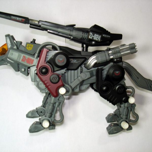 ZOIDS Shadow Wolf Tomy