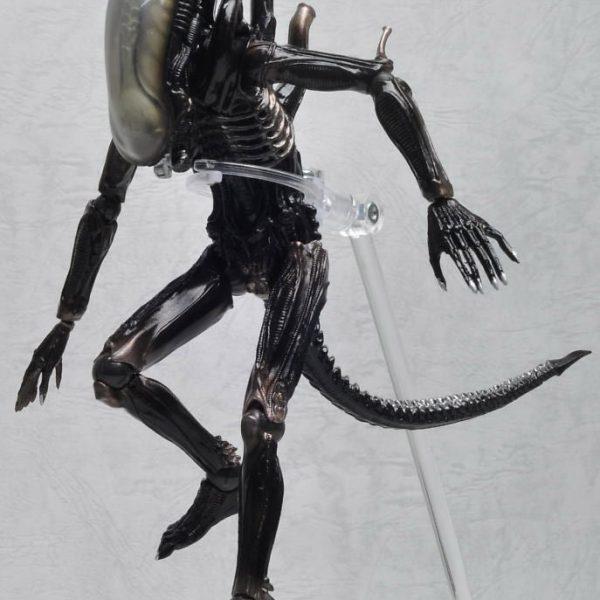 Alien Classic Revoltech Action Figure Kayodo