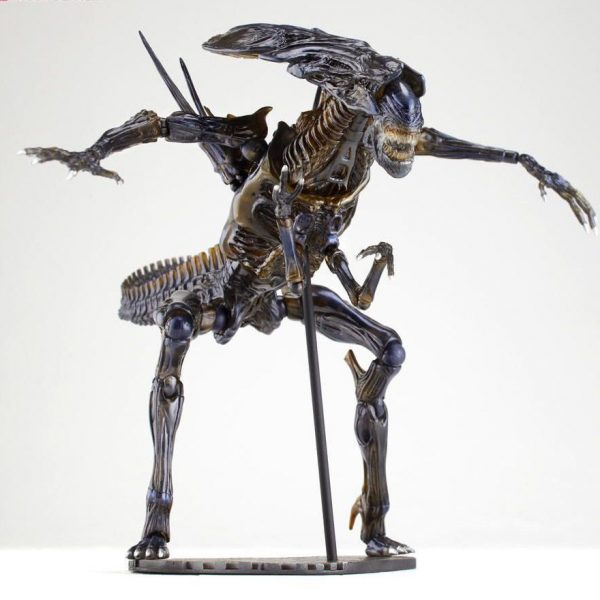 Alien Queen Revoltech Action Figure Kayodo