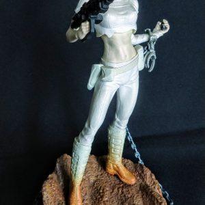 Star Wars Padme Amidala Unleashed Statue Hasbro