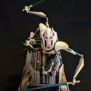 Star Wars General Grievous Unleashed Statue Hasbro