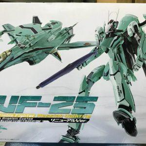 Macross Frontier RVF-25 Messiah 1/60 DX Chogokin RENEWAL Bandai
